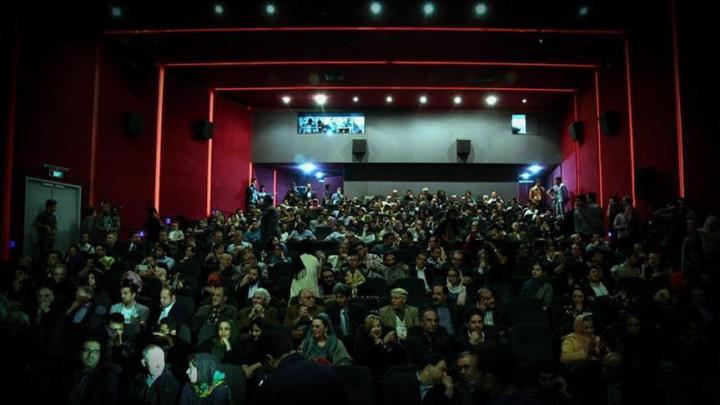 برنامه سینماهای مردمی سی و نهمین جشنواره فیلم فجر منتشر شد