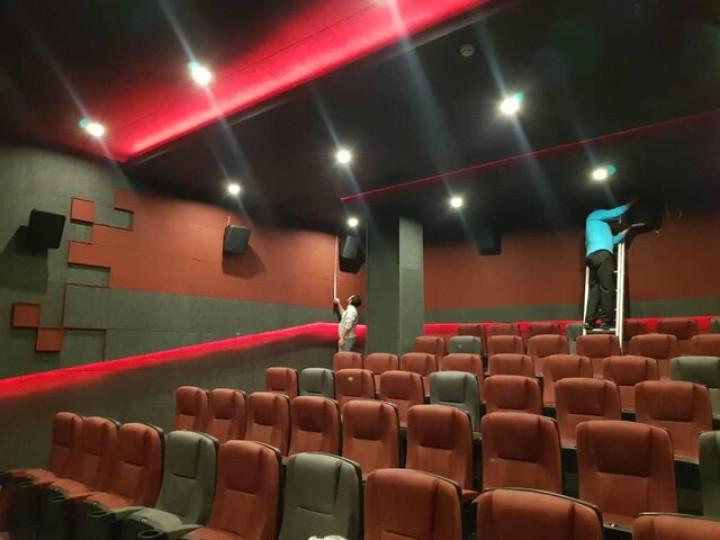 سینماها به احترام کادر درمان یک هفته تعطیل شدند